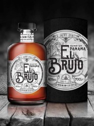 El Brujo - Premium Blended Panama Rum - 8 years old